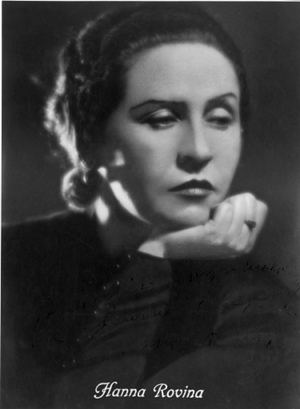 portrait of actress Hanna Rovina